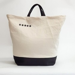 """LE"" Sac - boutons noirs"